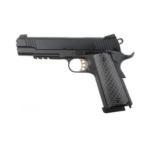 R28 pistoletas